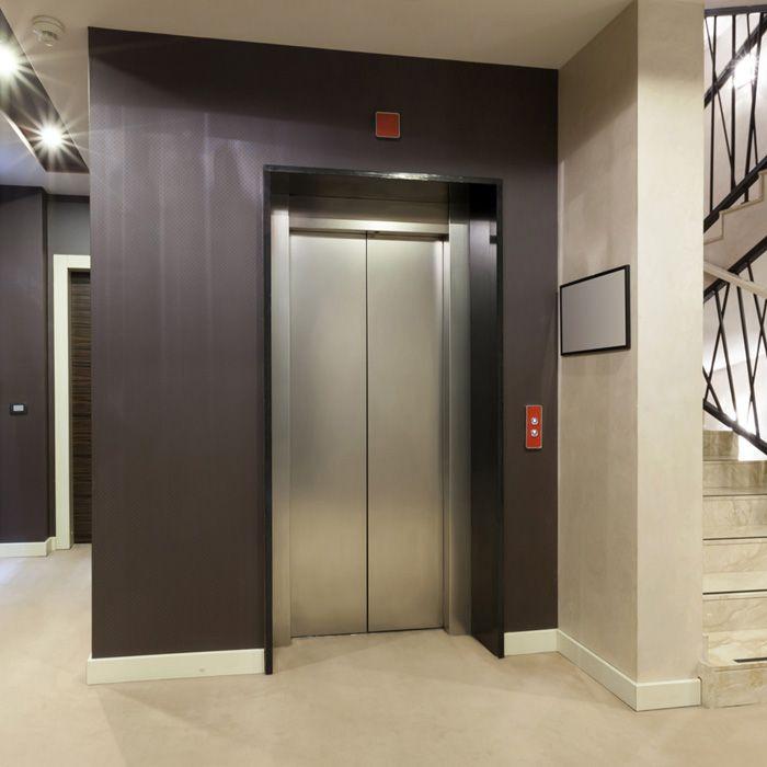 Aufzug Mehrfamilienhaus